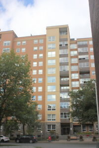 Sandy Hill 373 Laurier East 6th floor, 2 bedroom with great view
