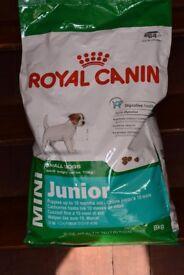 Royal Canin Mini Junior dog food