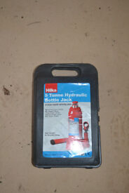 Hilka 5 Tonne Bottle Jack - Lifting Range 216-413mm - Car, Van, 4x4, Vehicle - With Carry Case