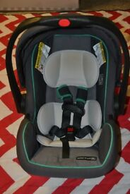 Graco Car seat with Click and connect base