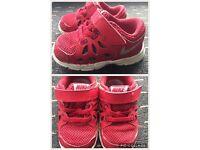 Boys Nike shoes £10