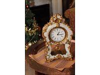 Beautifull antique style gilded quartz clock