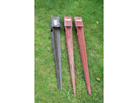Fence post stakes x3