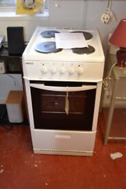 Becko Electric Cooker GT 856
