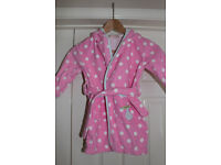Cute girl dressing gown 2-3 yrs old