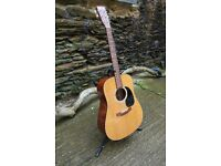 Martin D18 2002 Dreadnought Guitar. Plays perfectly