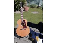 Gibson J185 acoustic guitar(2002)