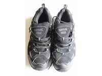 UK Size 8mRegatta Kids Black/Granite Garsdale Low Junior Trail Walking Waterproof Shoes
