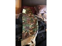 ARMY TYPE COMBAT TROUSERS