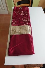 Wine Red pair of Eyelet lined curtains 1820 Drop x 2280 Wide by Dunelm Mills Like New condition.