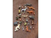 Farthing Wood and Mumfie plastic figurines