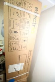 BRAND NEW AIRCONDITIONER AND HEATER SPLIT UNIT IN PACKING NEVER USED