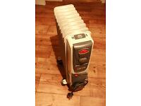 Lervia 2400W oil filled radiator heater