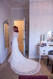 Ian Stuart Designer Wedding Dress, Size 8 Joy, Lady Lux 2016 Style