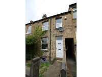 Mid Terrace House - Four Bedroom Large Property, 2 Bathrooms - Woodhouse Hill, Fartown, HD2