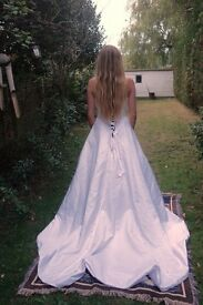 Private Label by G Kenneth Winston Size 10 Wedding Dress