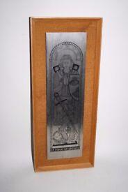 Omitways ltd Sir Robert De Saptvans Steel Hand Crafted Ornament Wall Hang Frame
