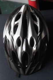 Raleigh cycling helmet SIZE M