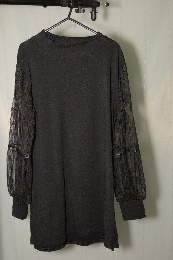 black dress with laced sleeves. size 5xl (26) xxxxxl gothic  e1f497828