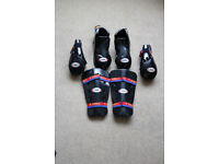 Sparring pads, adult medium, consisting of hand, shin and foot protectors.