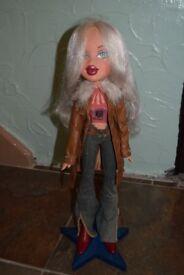 Bratz Big Large Cloe Doll Fashion Female Girl Figure