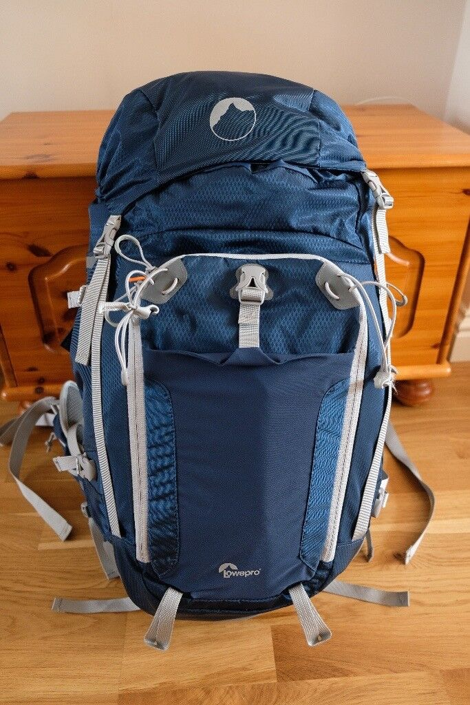 Lowepro Rover Pro 45L AW Backpack in Very Good Condition  e8b9968e01a52