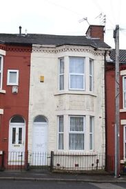 A Victorian 3 bed room town house with all amenities.