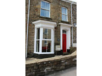 3 Bedroom Victorian House - Walking Distance to Morriston Town