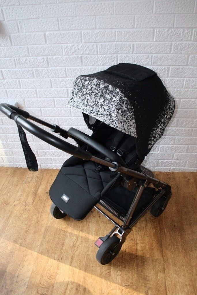 Mamas & Papas Urbo 2 Special edition Ombré pewter Pram pushchair with cold weather plus footmuff