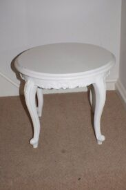 Shabby chic style small white side/coffee table