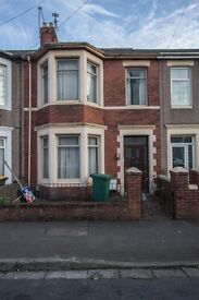 5 Large rooms available in a lovely modern house share located in Church road, near city centre!