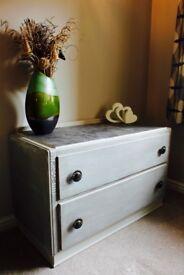 Dresser / Side table / TV cabinet