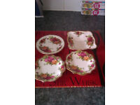 4 small trinket plates in old country rose
