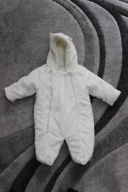 0 – 3 months -White snow suit with 2 zips