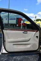 Miniature 18 Voiture Américaine d'occasion Cadillac DTS 2006