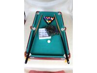 Fun Table Top Pool Snooker Billiards Table approx 3ft x 1.5ft + 2 cues + balls Space Saver!