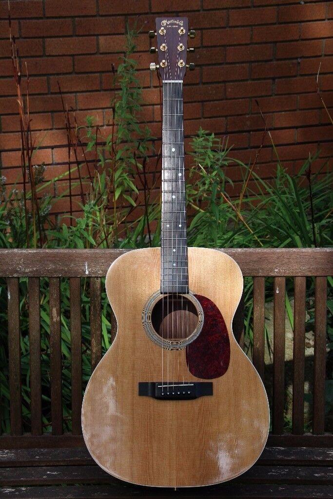 Martin 000 Custom Electro Acoustic