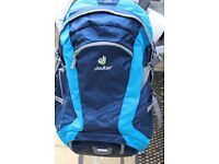 Deuter Futura 28 rucksack – only used once - in excellent condition