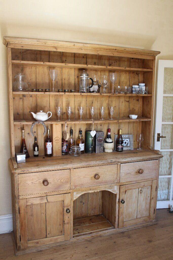 Welsh dog kennel dresser, good condition, good storage