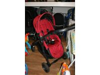 Baby Jogger City Versa with reversible seat unit