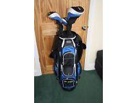 MacGregor Golf bag and 4 clubs