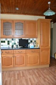 Solid Oak Doors, Cathedral Arch,Shaker Style Base & Wall units