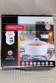 2 Litre PYROflam Casserole Dish with Lid, Still Boxed, for Hob or Oven or Both, Histon