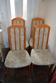 Set of 4 dining chairs