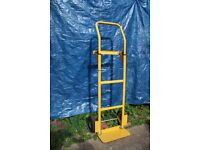 Heavy duty folding toe sack truck