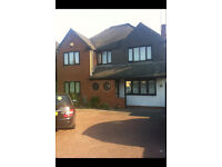 5 BED HOUSE FOR RENT IN FARNHAM COMMON