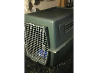 Large pet travel crate/box/carrier