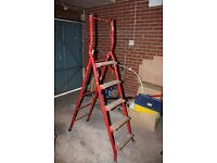 Heavy Duty steel step ladders