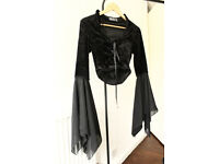 Bundle of gothic clothes S/M, M