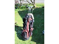 Set of Right Hand 3-SW Jack Nicklaus Bear Golf Clubs and Wilson Golf Bag